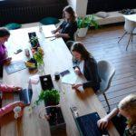 女性にもおすすめの在宅副業!月収10万円~100万円も夢じゃない!ブログをビジネスにする方法
